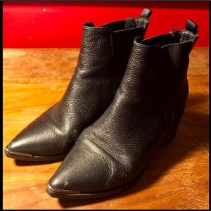 Acne Jensen Grain boots Pre-Owned Sz EU 36 / US 6
